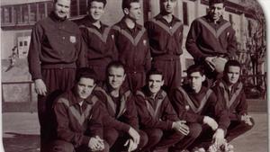 Miracle, el primero por la derecha de pie, fue un gran jugador de balonmano