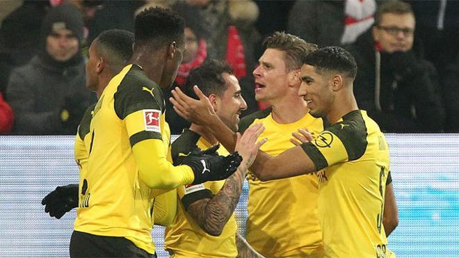 Alcácer sigue imparable en Dortmund