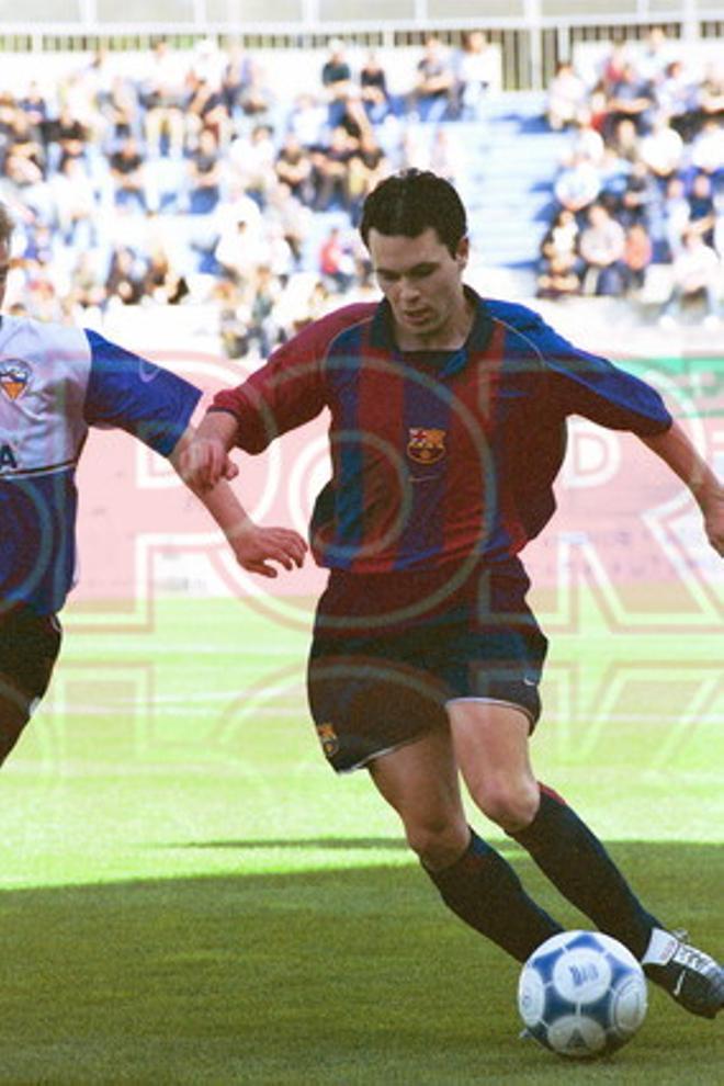 18. Andrés Iniesta 2001-02
