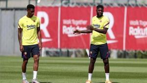 Junior y Umtiti en un entrenamiento con el Fútbol Club Barcelona