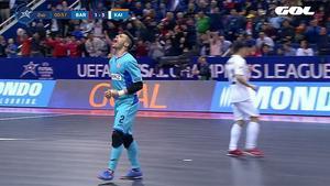 El Barça pagó caros sus errores y no fue rival para el Kairat