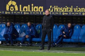 Cádiz CF, 2 - FC Barcelona, 1 - LaLiga J12