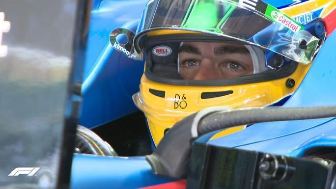 Alonso, satisfecho del primer día de ensayos en Barcelona