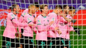 Pedri y Messi lideran la revolución y victoria del Barça en Valladolid
