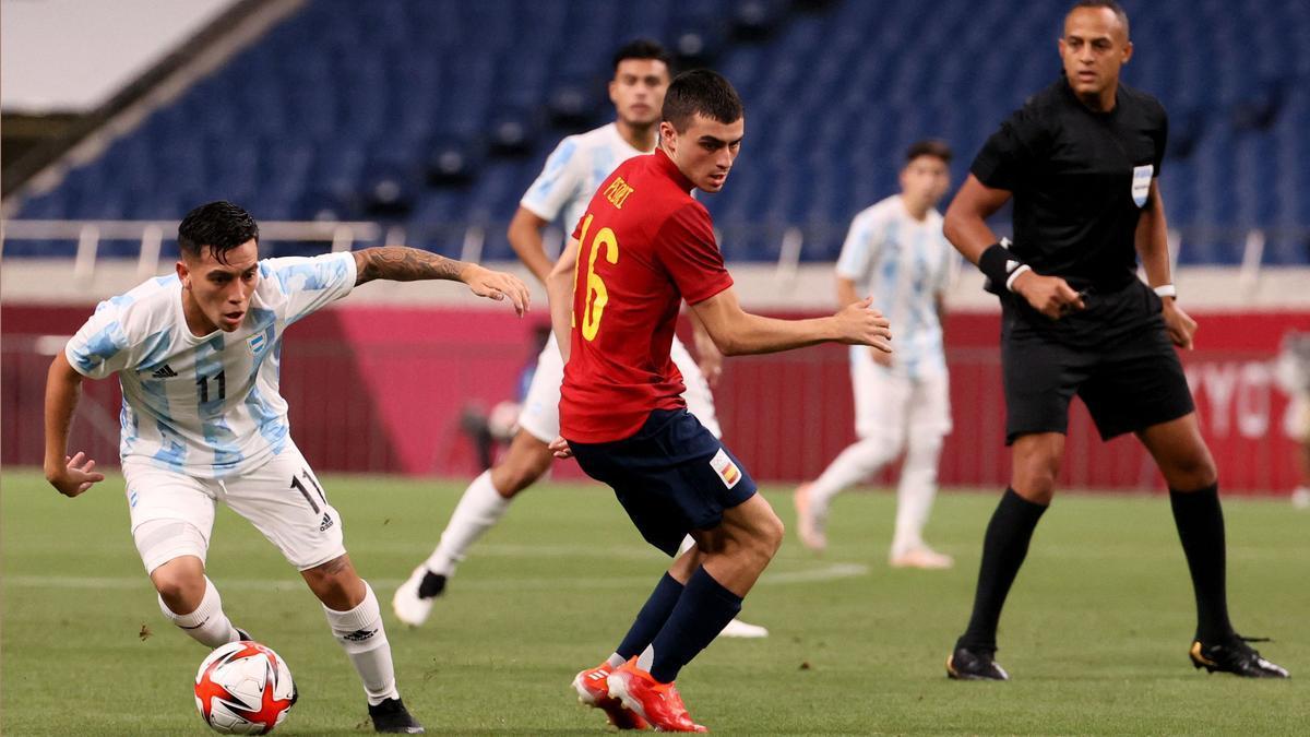Pedri en el partido de España contra Argentina en los Juegos Olímpicos