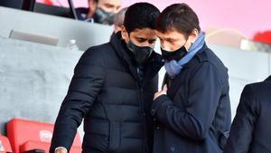 Leonardo y Al-Khelaifi, en un partido del PSG esta temporada