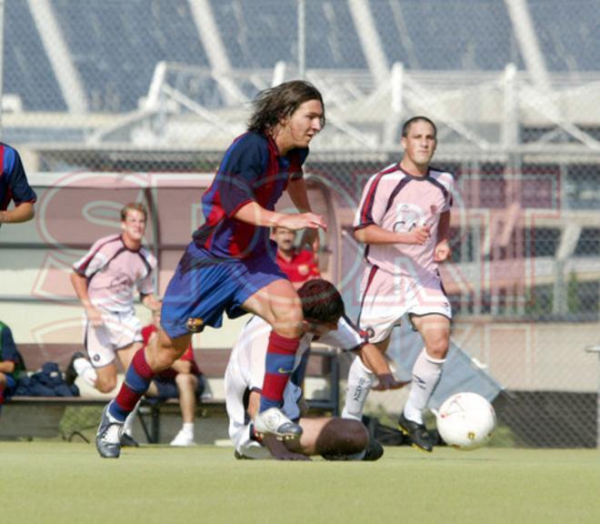 17.Leo Messi 2003-2004