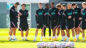El Barça se entrena en la Ciutat Esportiva antes de viajar a Turín