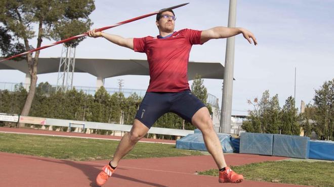 El atleta español Héctor Cabrera durante un entrenamiento