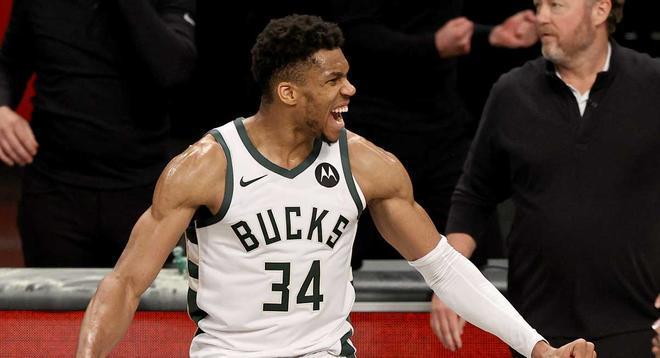 El resumen de la victoria de los Bucks a los Nets (115-111)