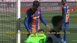 Piqué, harto de Suárez: Gordo, ya está bien
