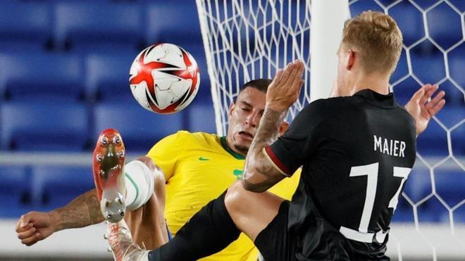 Brasil goleó a Alemania por 4-2