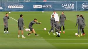 ¡Neymar enloquece! La lamentable reacción del brasileño ante el caño de Ander Herrera