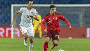 Sergio Busquets tuvo un partido accidentado en Basilea