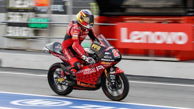 Gabriel Rodrigo, durante los libres en el Circuit