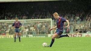 El primer penalti que marcó Koeman como azulgrana fue ante Osasuna y en el Camp Nou un 9 de septiembre de 1989