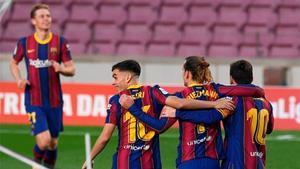 De Jong, Pedri y Messi volverán al once ante el Cádiz