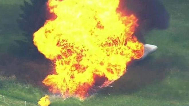 El dirigible, en llamas en el campo de Erin Hills