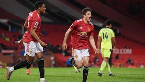 Estando a 10 puntos de los líderes, el Manchester United no puede ceder ningún partido para aspirar al campeonato