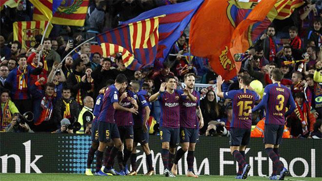 El Barça destrozó al Madrid en una tarde mágica para Suárez