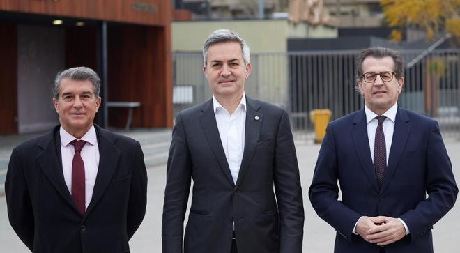 Los candidatos a la presidencia del F.C. Barcelona: Joan Laporta, Víctor Font i Antoni Freixa