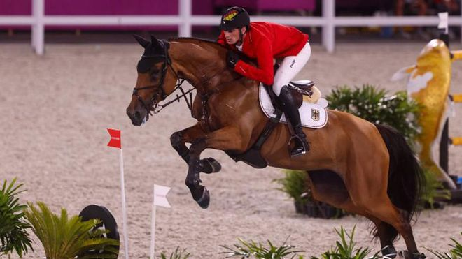 Acceden a la final de saltos los favoritos salvo el suizo Steve Guerdat