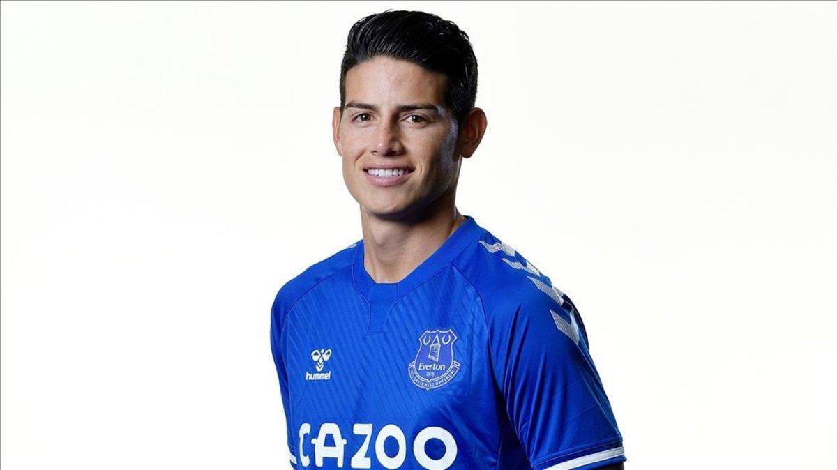 James Rodríguez, con su nueva camiseta del Everton