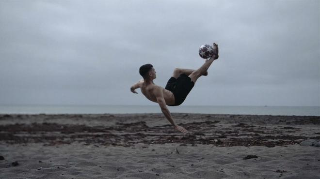 ¡Espectacular! La chilena de Pedri al puro estilo Ronaldinho