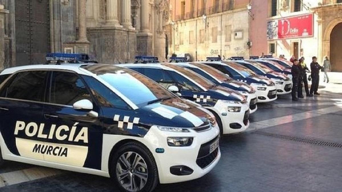 La Policía Local de Murcia revoluciona Twitter con un alijo de drogas