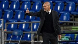 Zidane confirma la vuelta de Carvajal y Varane y las bajas de Kroos y Hazard