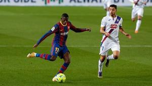 Al Barça se le escapan dos puntos y el Eibar gana su primer partido en el Camp Nou