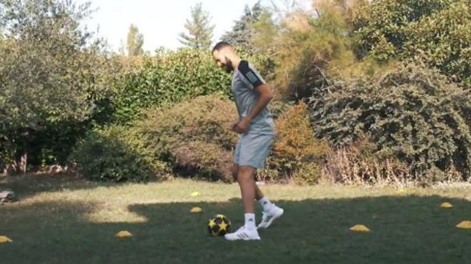 Karim Benzema se exhibió con el balón de la Juventus
