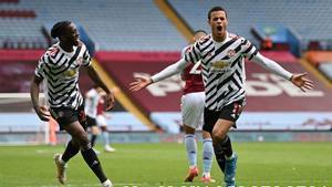 El United no tira la toalla en la Premier: Así fue la goleada al Aston Villa