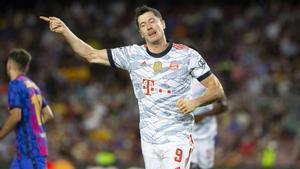 Así fue el doblete de Lewandowski en el Camp Nou