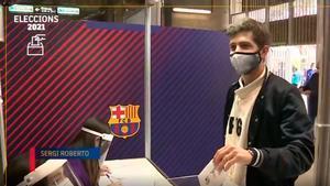 Sergi Roberto ya ha votado en el Camp Nou
