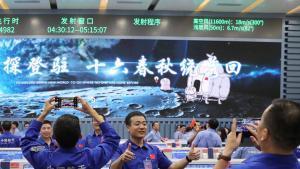 La agencia espacial china disfruta de su éxito al aterrizar en la Luna