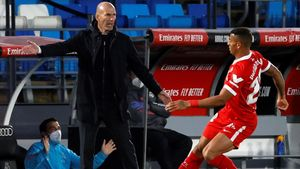 Zidane, durante el encuentro ante el Sevilla