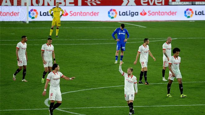 Así ha sido el primer gol del Papu Gómez con la camiseta del Sevilla