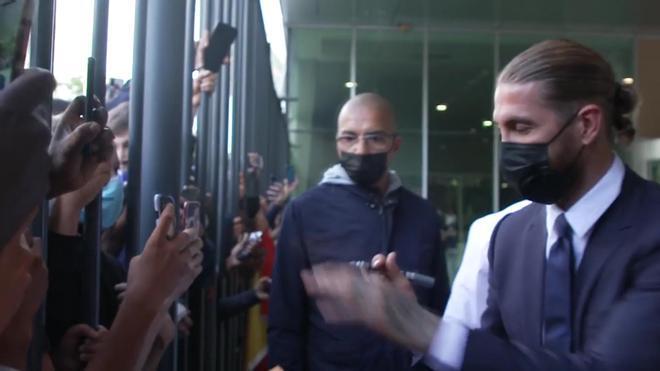 Ramos desata la locura entre los aficionados del PSG