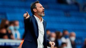 Vicente Moreno, en un lance del encuentro ante el Alavés