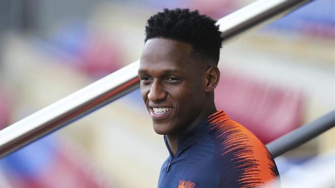 A Yerry Mina le han salido muchas novias tras el Mundial