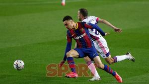 Sergiño Dest en el partido de LaLiga entre el FC Barcelona y el Valladolid disputado en el Camp Nou.