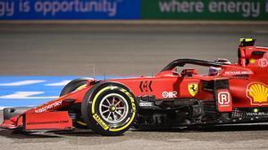 Carlos Sainz a bordo del SF21 termina cuarto en los Libres 2 de F1