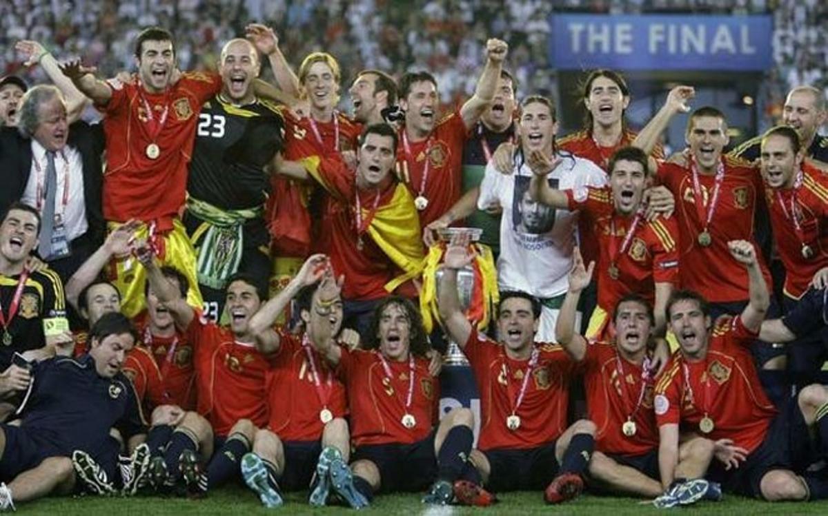 España inició su periplo triunfal con la Eurocopa de 2008 celebrada en Austria y Suiza