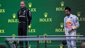 Bottas se impuso en el GP de Turquía y Checo Pérez quedó en tercera posición