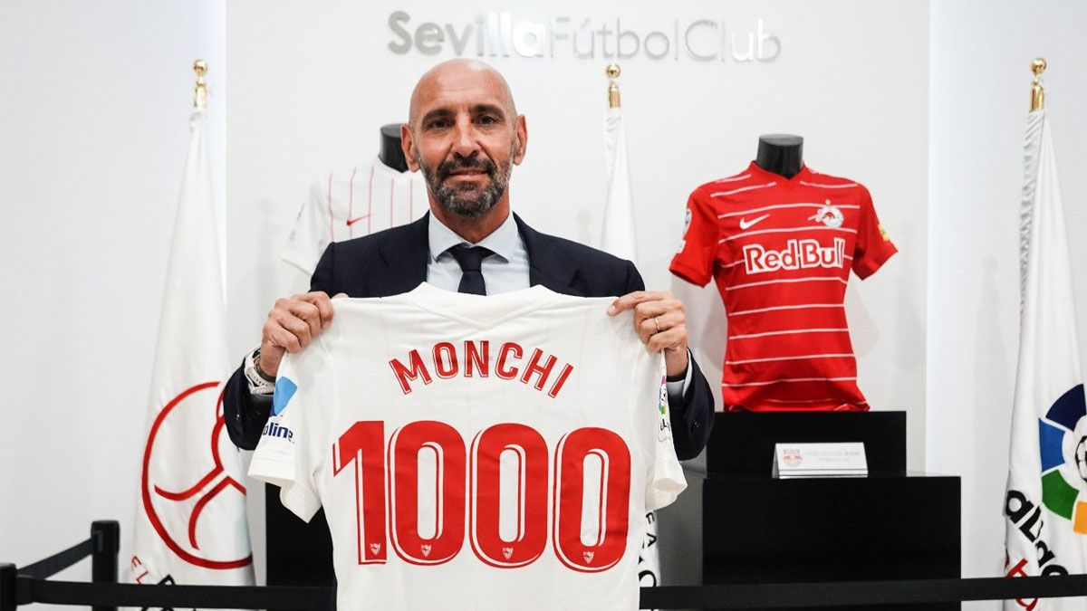 Monchi alcanza los 1.000 partidos en su cargo