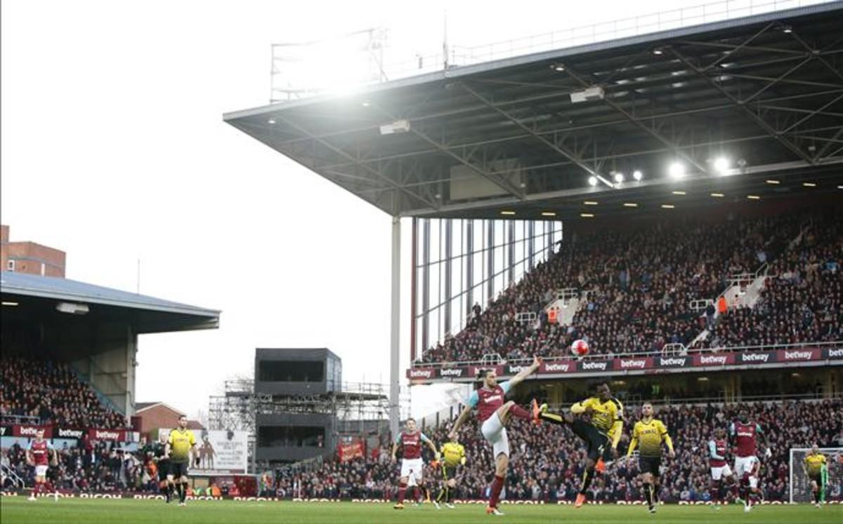 Upton Park, uno de los estadios más míticos del fútbol inglés, se despide tras 112 años de historia