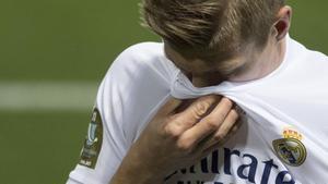 Toni Kroos, ferozmente criticado en Alemania