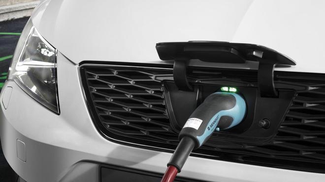 Las ventas de eléctricos crecen en todo el mundo.