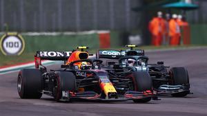 Verstappen y Hamilton hicieron saltar chispas en Imola